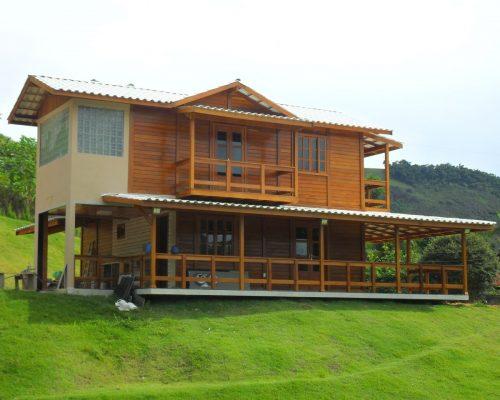 Duplex Casas Pré - Casas de Madeira – Modelo Vitória-ES – 170,00 m²