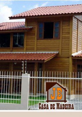Casa Duplex de Madeira JB – Modelo Campos-RJ – 99,10 m²